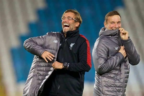 BELGRADE, SERBIA - Monday, November 5, 2018: Liverpool's manager J¸rgen Klopp (L) and first-team development coach Pepijn Lijnders (R) during a training session ahead of the UEFA Champions League Group C match between FK Crvena zvezda (Red Star Belgrade) and Liverpool FC at Stadion Rajko Miti?. (Pic by David Rawcliffe/Propaganda)