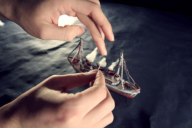 Exquisite Papercraft Stop Motion Video for Ödland video music animation