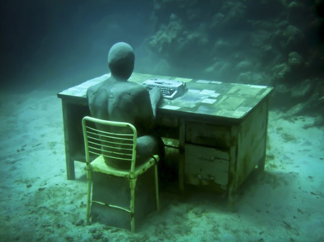 Human Nature: Jason deCaires Taylors Submerged Figurative Sculptures Form Thriving Artificial Reefs sculpture installation