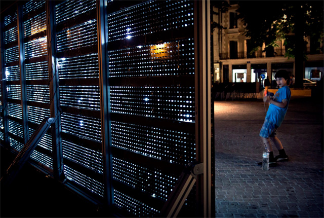 Water Light Graffiti: A Moisture Sensitive Surface Embedded with LEDs Creates Illuminated Art street art light graffiti device
