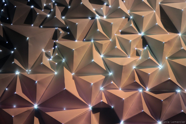 Origami Meets Projection Mapping projection paper origami geometry