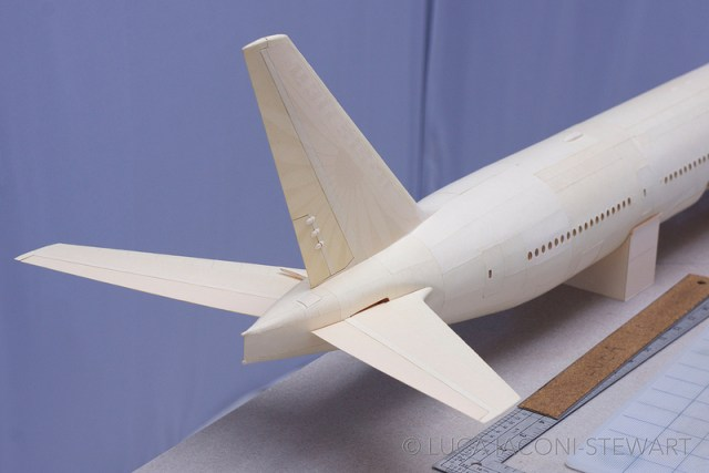 A 1:60 Scale Boeing 777 Built Entirely from Paper Manilla Folders by Luca Iaconi Stewart sculpture paper models flight airplanes