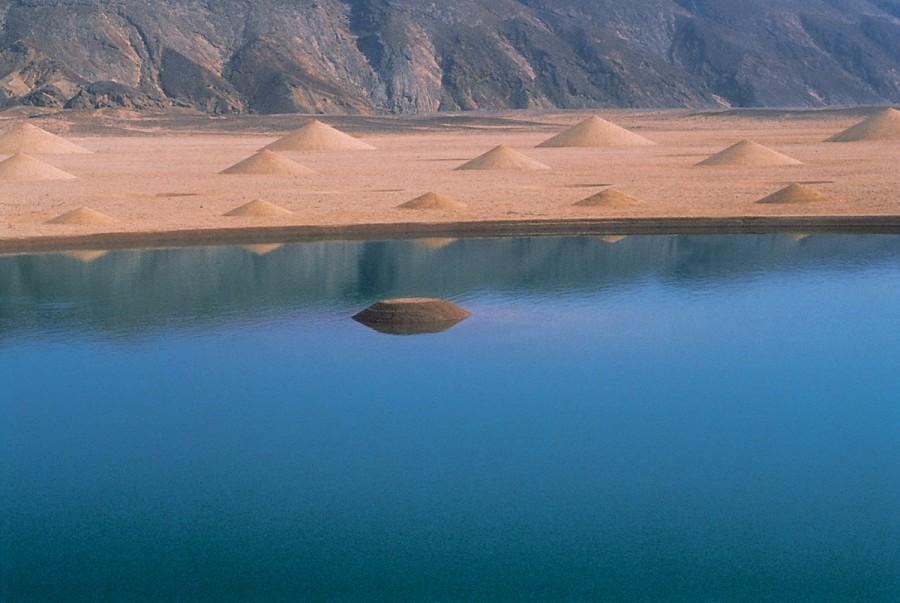 Desert Breath: A Monumental Land Art Installation in the Sahara Desert sand land art geometric Egypt deserts