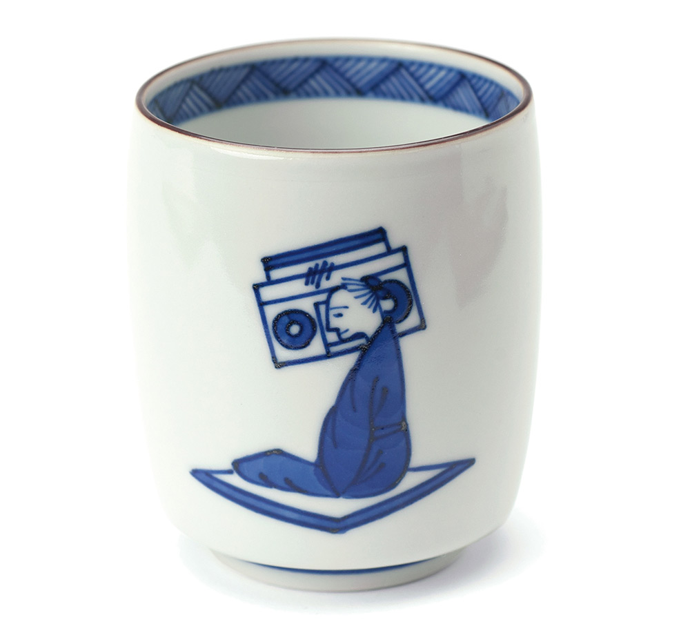 A 130 Year Old Japanese Pottery Shop Puts a Modern Spin on Traditional Kutani Tableware tea pottery Japan