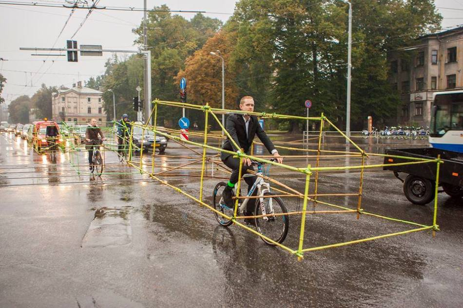 Cycling Activists Build Bamboo Car Skeletons to Demonstrate Space Taken by Single Occupancy Cars public transportation cycling bicycles bamboo activism