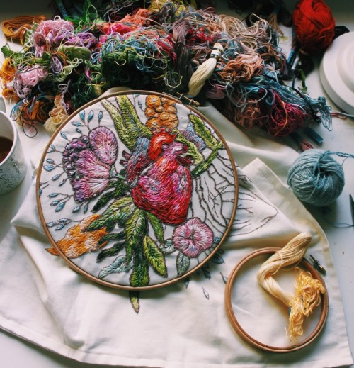 Embroidered Art Lisa Smirnova Embroideries Thread Painting In Progress Heart and Flowers Surrounded by Threads Yarn and Floss