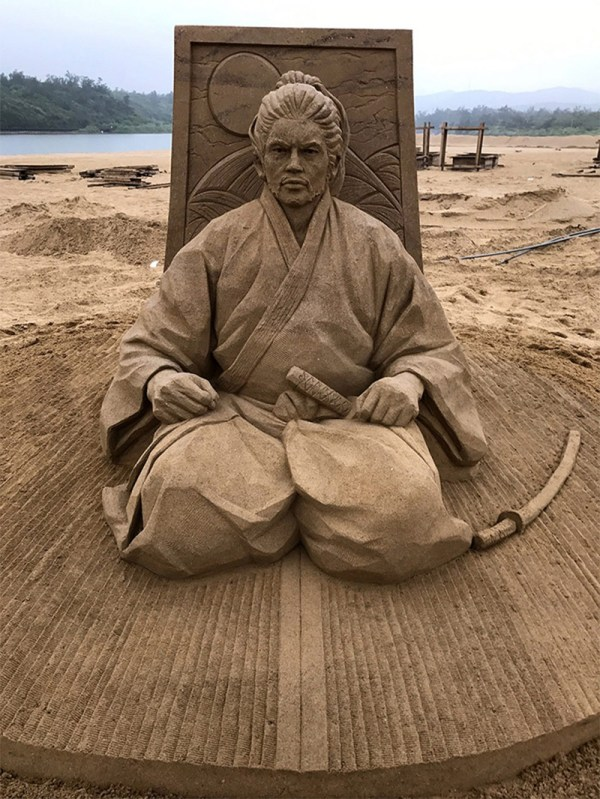 Incredible Sand Sculptures Of Toshihiko Hosaka Colossal