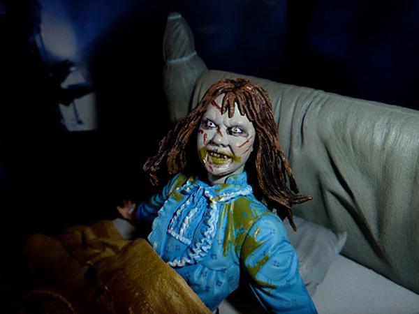 NECA The Exorcist diorama