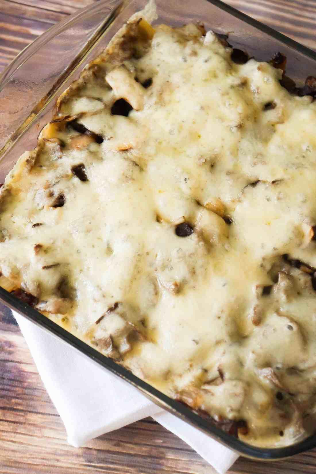 Mushroom Swiss Roast Beef Biscuit Bake is an easy beef casserole recipe.