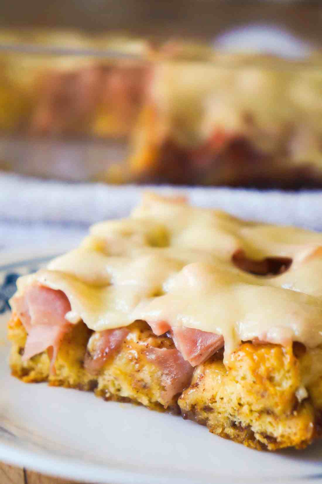 Monte Cristo Breakfast Casserole is a sweet and savoury breakfast dish using Pillsbury cinnamon rolls.