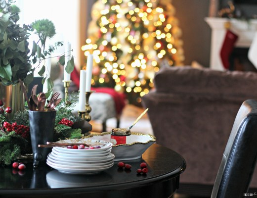 A Merry and Metallic Christmas Home Tour   Red white and metallic Christmas Family room, breakfast table, Tree and Mantel   This is our Bliss Christmas Home Tour 2016