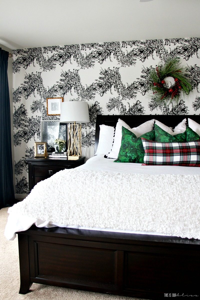 A Few Christmas Touches in the Master Bedroom