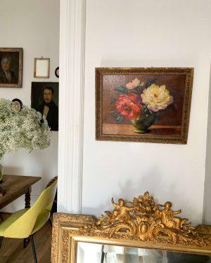 Ancienne peinture à l'huile sur bois fleurs
