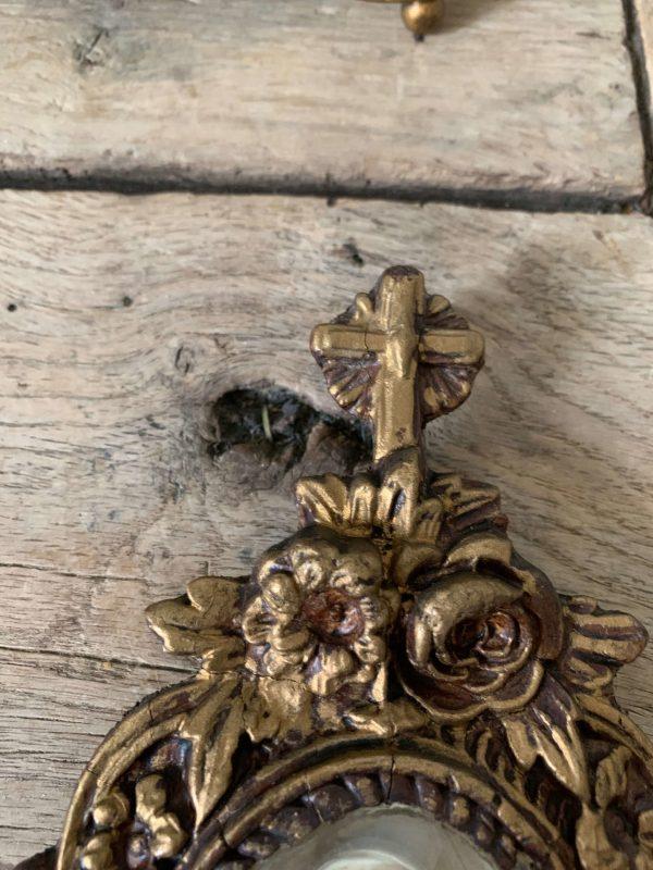 ancien bénitier en bois culpté platre pétrifié vierge xixème