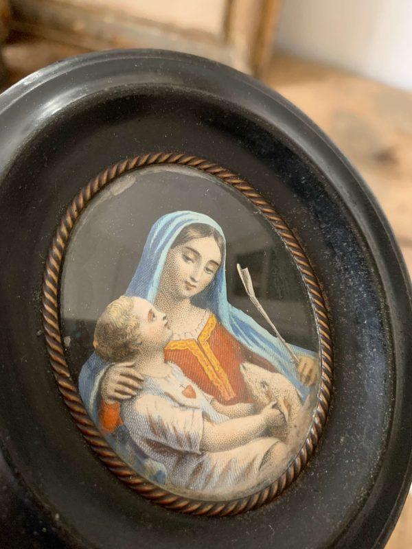ancien cadre reliquaire vierge à l'enfant et agneau