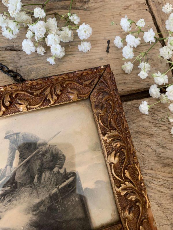 ancien petit miroir trumeau scène de pêche