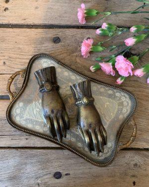 ancienne main presse papiers en bronze