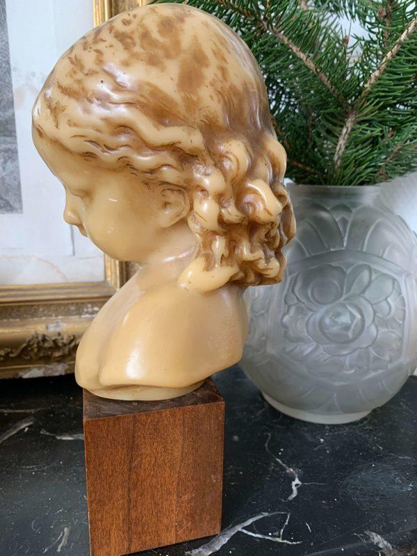 ancien buste de fille en cire vers 1900