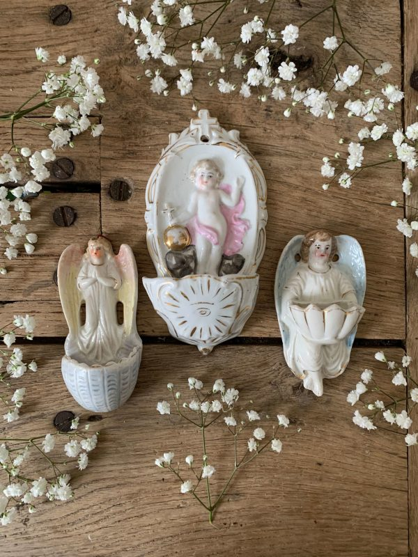 ancien bénitier ange en porcelaine xixème