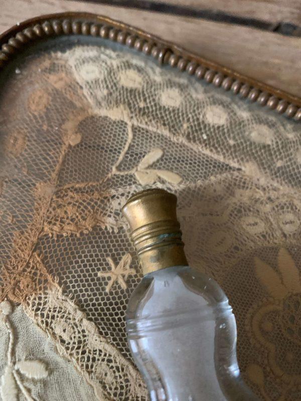 ancien flacon de sels en cristal taillé xixeme