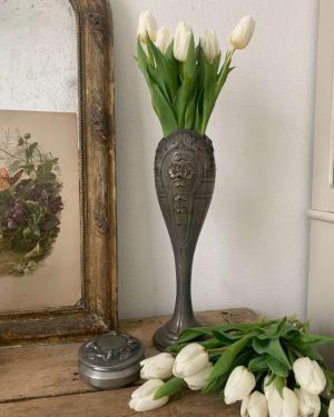 ancien vase en etain repoussé andré villien