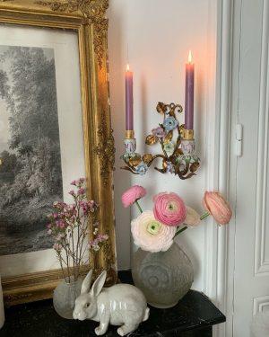 ancienne applique murale roses decors de fleurs en porcelaine