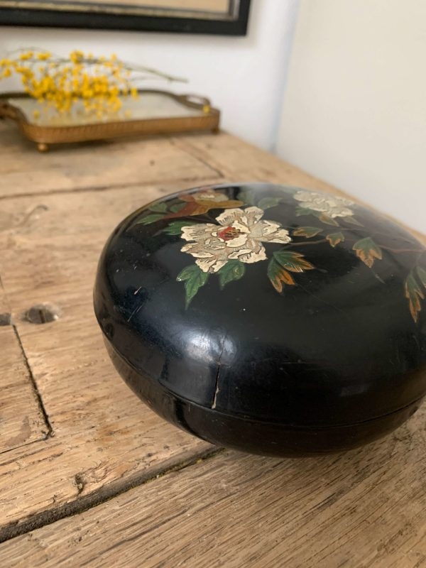 ancienne boite napoleonIII en carton bouilli deco hirondelle
