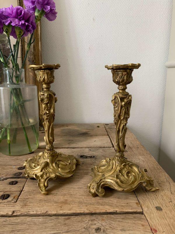 ancienne paire de bougeoirs en bronze xixeme