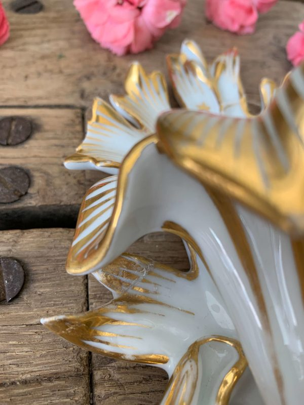 ancien bénitier xixeme en porcelaine de paris