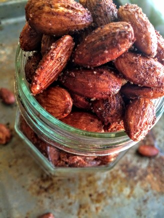 These Cinnamon Roasted Almonds are the perfect quick snack. Add them into your weekly meal prep so that you'll always have some on hand. They are so much cheaper then buying them premade, plus they are sugar free making them great for low carb or diabetic snackers :)