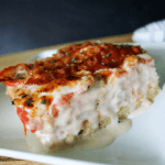 This recipe for Kentucky Hot Brown Casserole is comfort food at it's finest. It will please your entire family (including picky-eaters), but the flavors are impressive enough to serve at dinner parties ... maybe with a Derby theme? #keto #lowcarb #hotbrown #hotbrowncasserole #derby