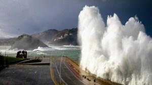 Ocean crashing into Paseo Nuevo in San Sebastián-Donostia