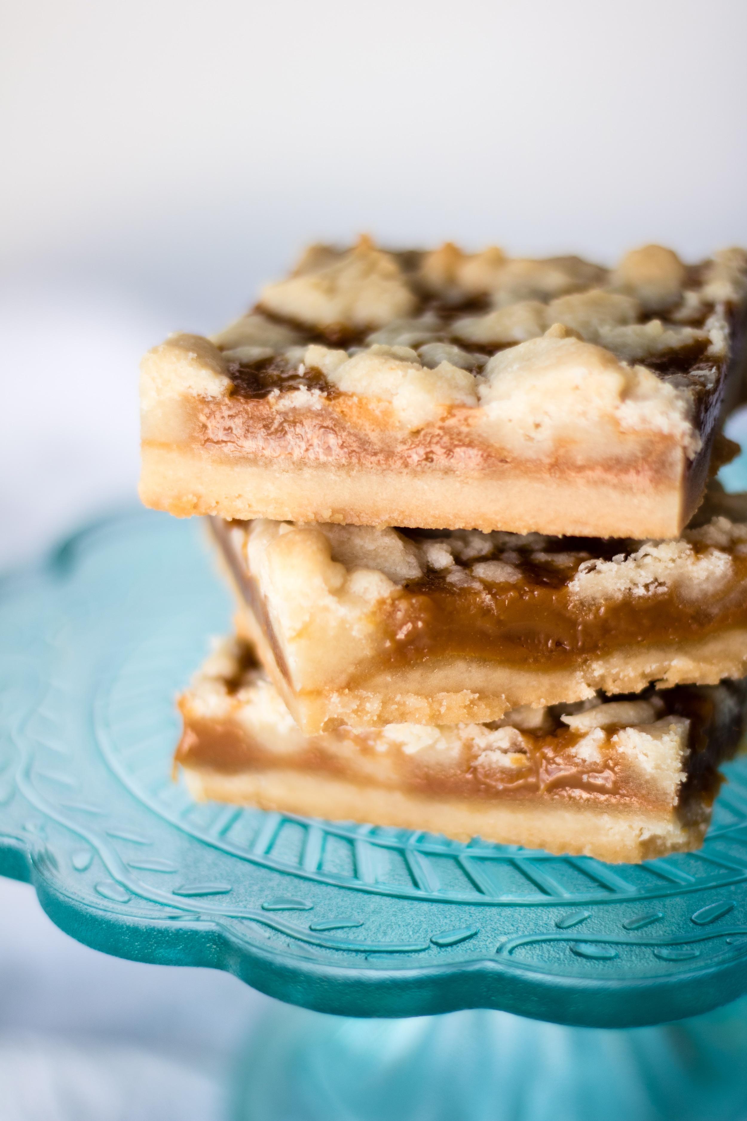 Sea Salt Caramel Bars! #Caramel #Recipe #Dessert