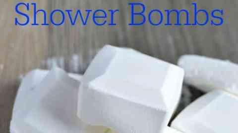 Homemade Essential Oil Shower Bombs! #EssentialOils