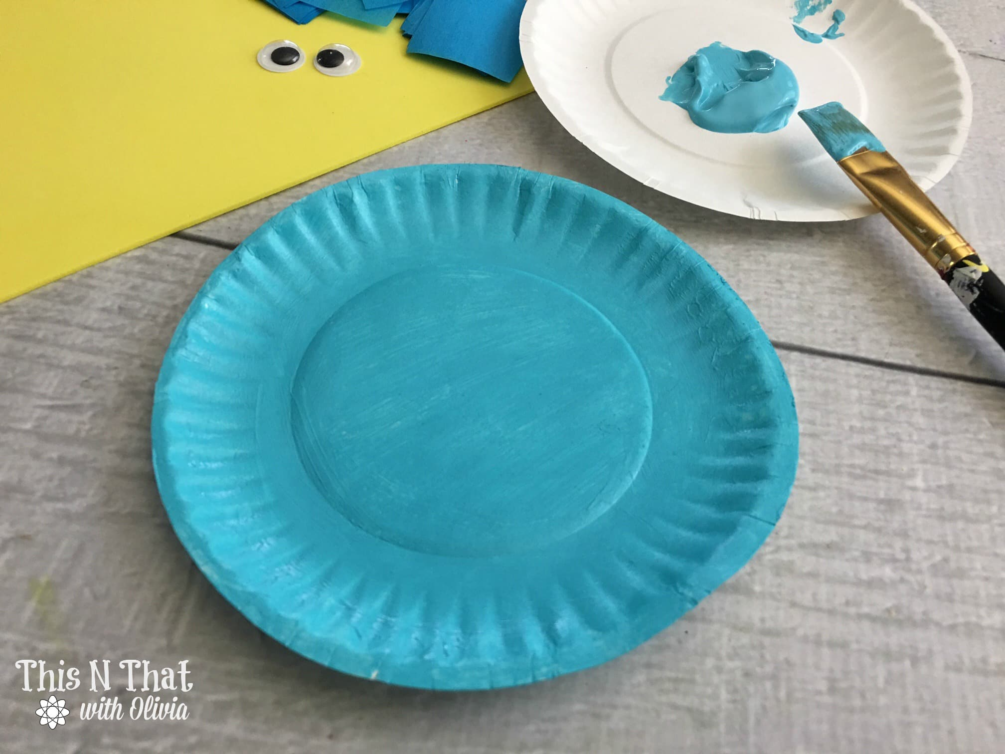Bluebird Plate Craft | ThisNThatwithOlivia.com