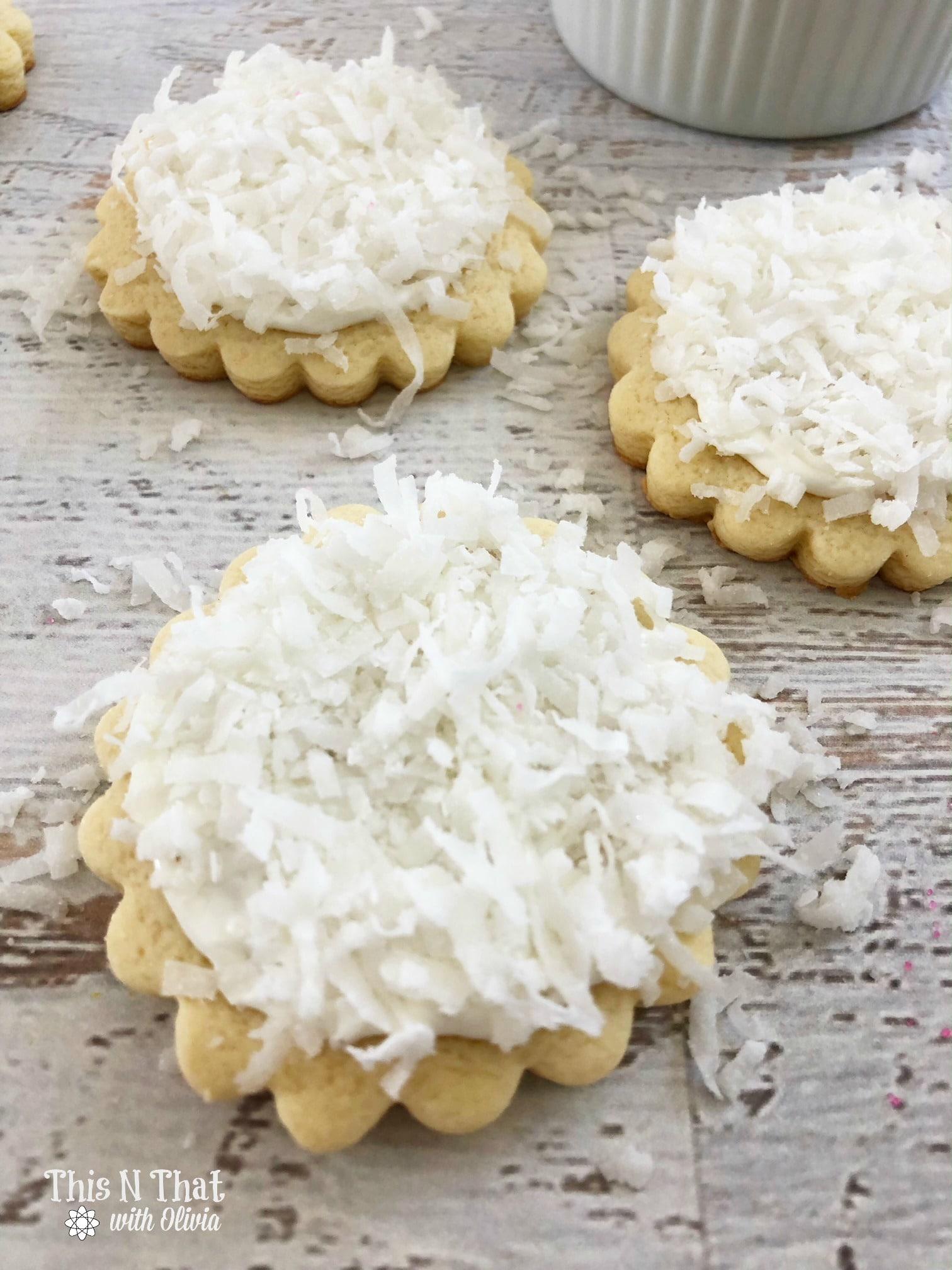 Easter Bunny Cookies #Cookies #Easter #Dessert