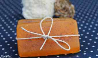 DIY Moisturizing Essential Oil Shampoo Bars