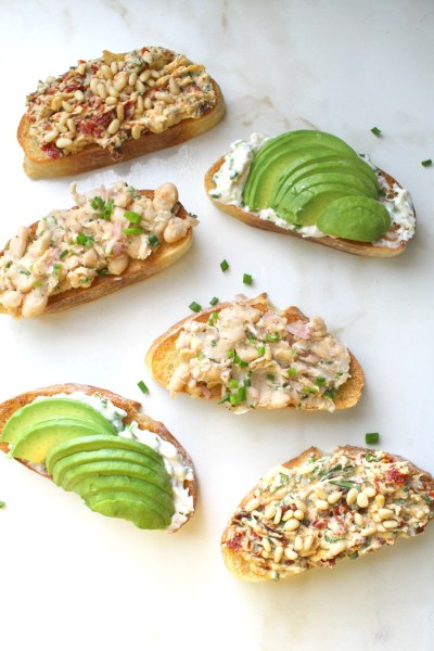 Switch up your toast toppings with Vegan Toast 3 Ways! You can eat these savory toasts as a tasty breakfast or a satisfying snack | ThisSavoryVegan.com #thissavoryvegan #vegantoast #vegan