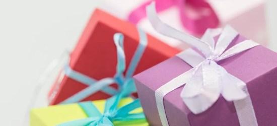 cheap useful wedding gifts, minimalist wedding gifts, frugal wedding gifts