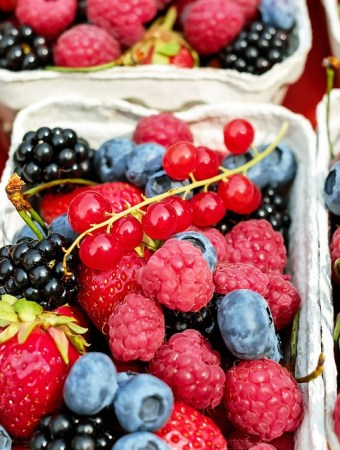 Seasonal Produce: How to Save Big on Fruits and Veggies + Bonus Recipes