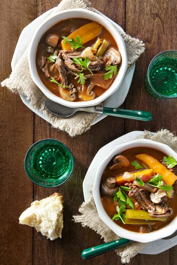 15 Cheap and Easy Crock Pot Recipes