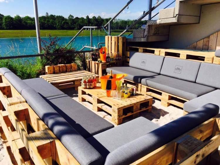 wood pallet outdoor sofa