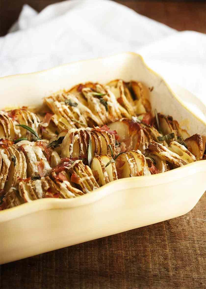 hasselback spiralized potatoes au gratin