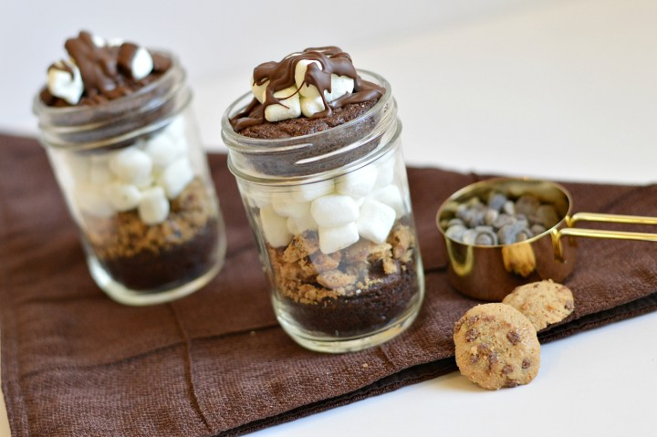 These chocolate marshmallow brownies in a jar are the perfect little treats. They are individually sized and full of rich, delicious chocolate. They are also top 8 allergen-free!   These are the BEST gluten-free Christmas treats from around the web. Everyone will love them!   gluten-free christmas treats   gluten-free christmas cookies   gluten-free christmas sweets   gluten-free christmas treats   gluten-free holiday treats   gluten-free holiday sweets    This Vivacious Life #glutenfreechristmas #glutenfreesweets #glutenfreetreats