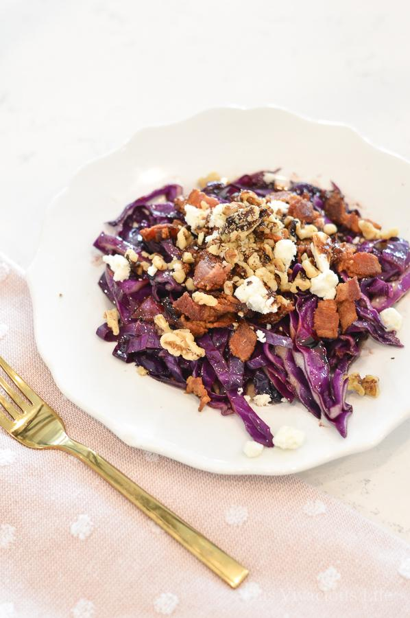 This bacon cabbage salad is warm, flavorful and the perfect meal. | gluten free dinner recipes | healthy cabbage recipes | purple cabbage recipes || This Vivacious Life #recipe #cabbage #glutenfree #purplecabbage #healthyrecipe