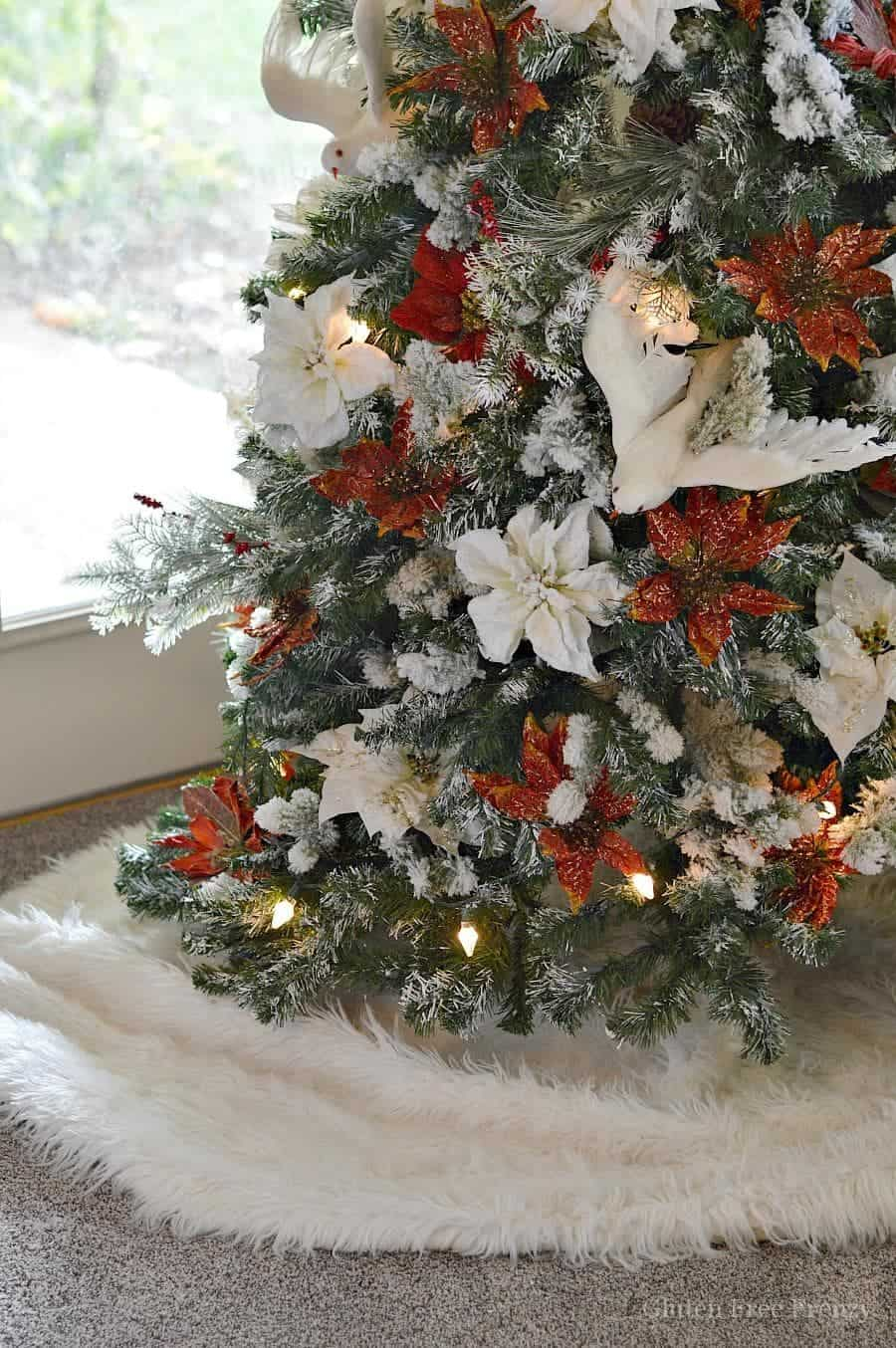 Drab to Fab Christmas Tree that can be done on a dime