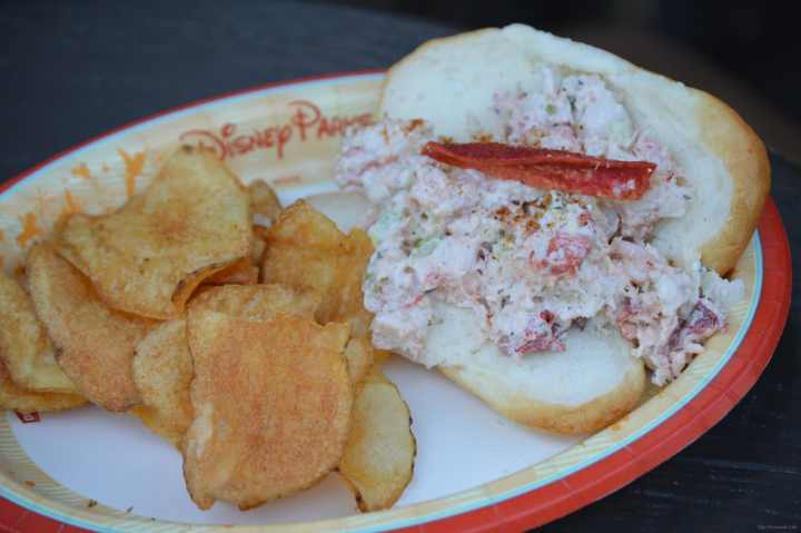 Disney Parks plate of potato chips and gluten-free lobster roll