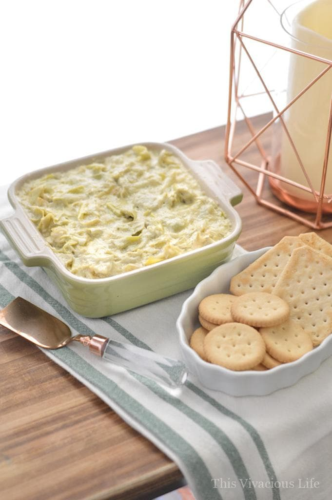 This Instant Pot artichoke dip is a great appetizer that can be made in minutes. | easy appetizers | instant pot dip recipes | instant pot appetizers | pressure cooker artichoke dip | easy artichoke dip recipe || This Vivacious Life #artichokedip #instantpotrecipe #easyappetizer