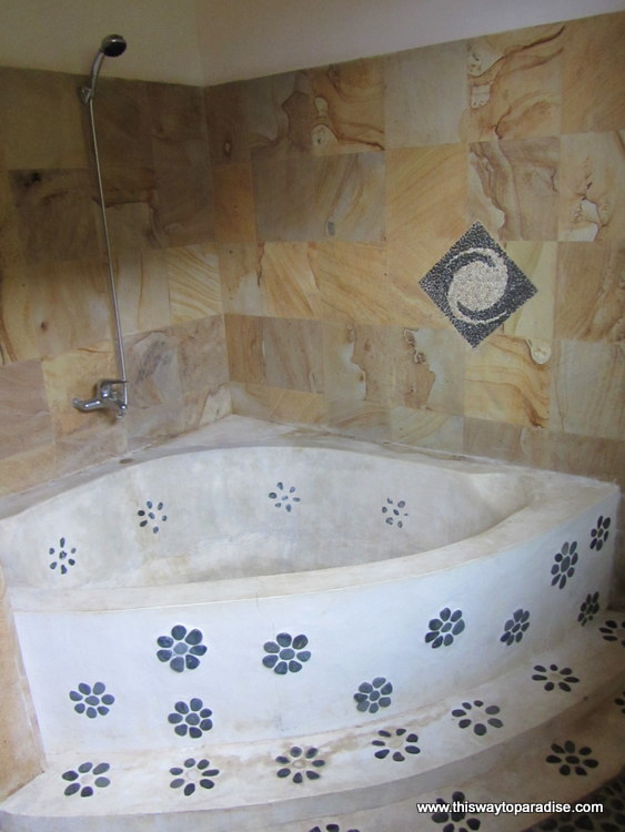Bathtub at Bedulu Resort Places To Stay in Amed
