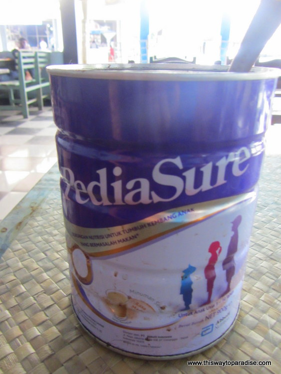 Sumatran coffee can in Makassar, Belitung, Sumatra